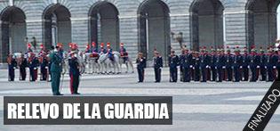 Relevo Solemne de la Guardia Real en el Palacio Real de Madrid