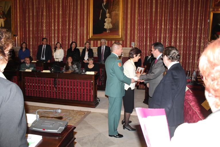"""El Comandante Galera y el Teniente Bravo reciben a título póstumo el """"Premio contra el terrorismo 2016"""" concedido por la Fundación Alberto Jiménez-Becerril"""