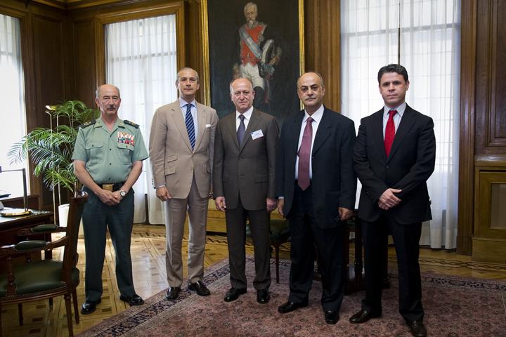 El Director General recibe al Director de las Fuerzas de Seguridad Interior de Líbano (ISF)