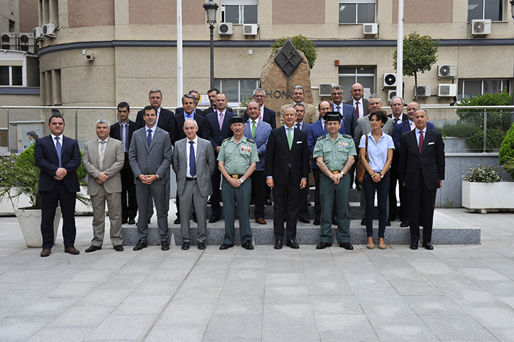 Xiv curso para consejeros y agregados del ministerio del for Llamado del ministerio del interior 2016