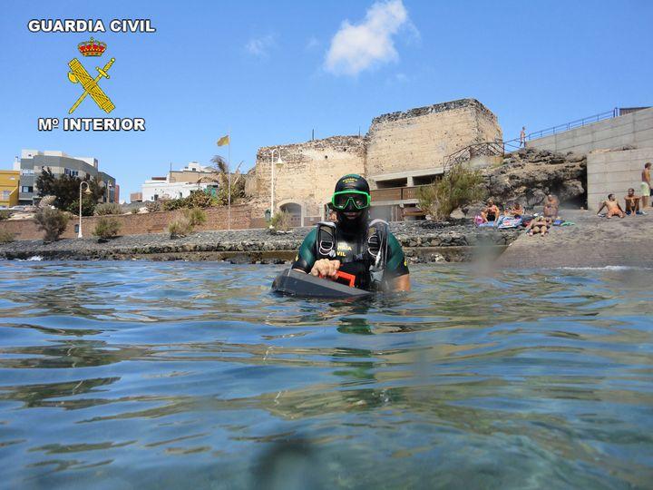 La Guardia Civil intensifica la vigilancia de los pecios e inspecciona clubes y establecimientos de buceo