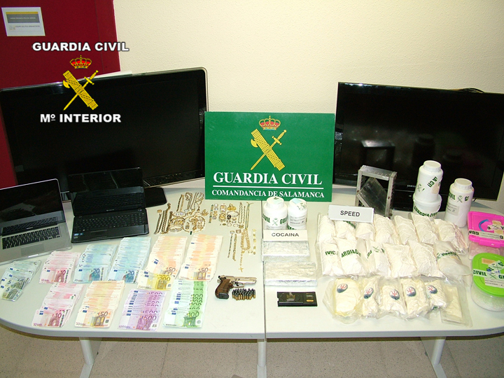 gama alta pornostar drogas en Alcalá de Henares