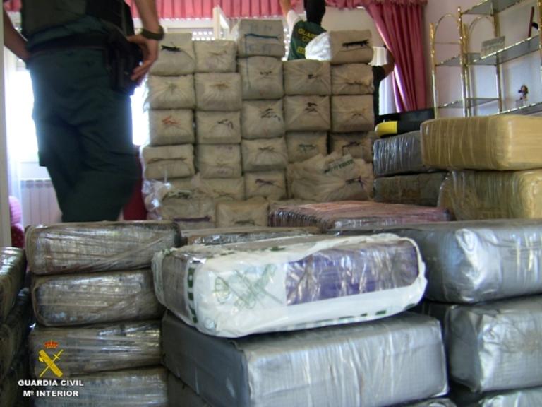 La Guardia Civil interviene una tonelada y media de cocaína