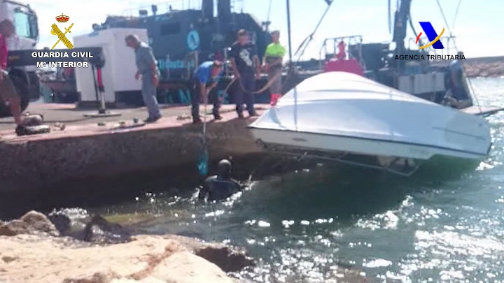 Dos hermanos transportaban 60 kilos de hachís en su coche con destino Vigo desde Algeciras