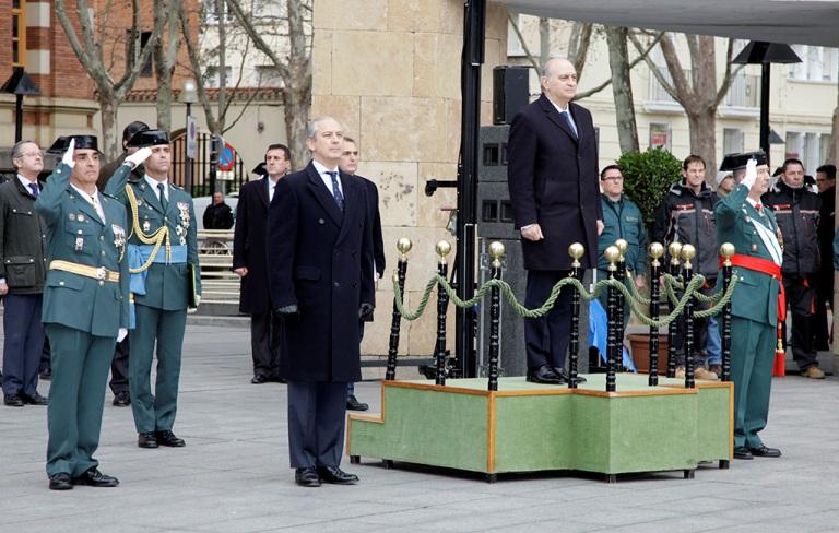 El ministro del interior destaca el compromiso generoso y for Ministro del interior espana 2016
