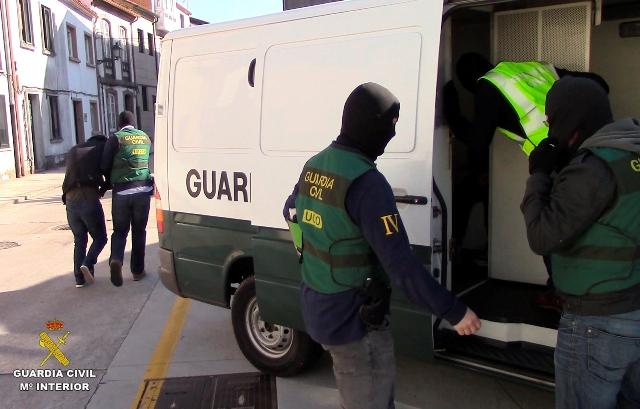 La Guardia Civil desmantela una banda criminal que en lo que va de año ha asaltado más de 50 viviendas habitadas en Galicia