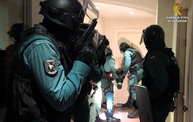 La Guardia Civil desmantela una red de narcotráfico e interviene en el puerto de Algeciras 179 kilos de cocaina