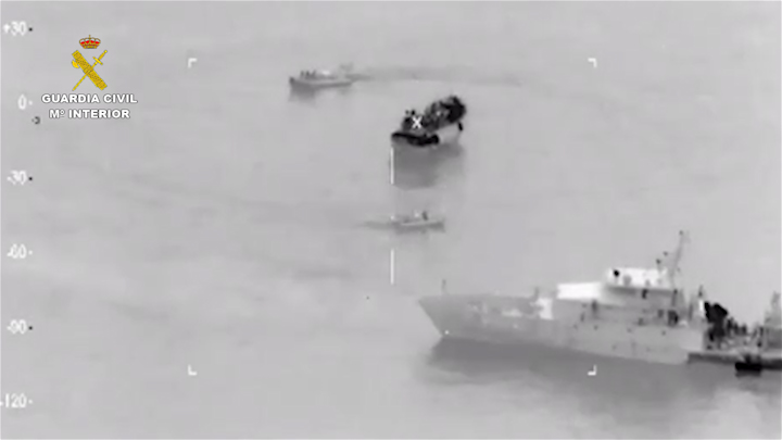 La Guardia Civil detecta una embarcación con 214 inmigrantes al Sur de Sicilia