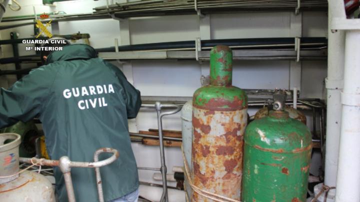 La Guardia Civil investiga a 20 empresas nacionales y extranjeras por el comercio ilegal de sustancias que afectan a la capa de ozono