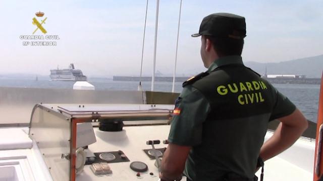 La Guardia Civil detiene a 64 personas por falsificar titulaciones náuticas