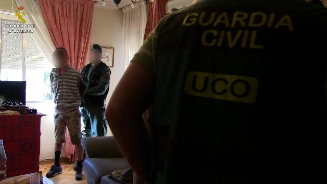La Guardia Civil desmantela una organización criminal dedicada a la captación de menores para su explotación sexual en clubes de alterne