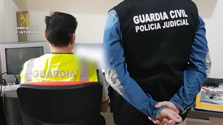 La Guardia Civil detiene a 6 personas e investiga a otras 5 por tenencia y distribución de pornografía infantil