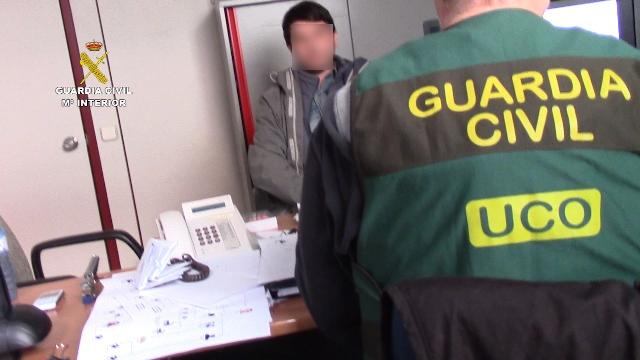 La Guardia Civil detiene en Barcelona a uno de los mas importantes hacker rusos, reclamado judicialmente por los EE.UU de América