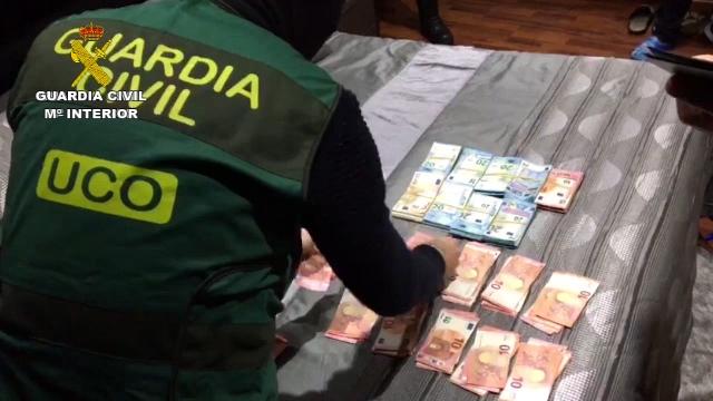 La Guardia Civil detiene a 29 personas pertenecientes a una organización internacional dedicada al tráfico de heroína