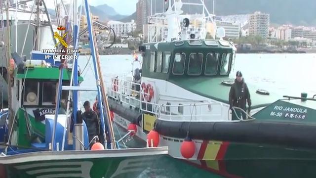 La Guardia Civil desarticula una red dedicada a introducir en barcos pesqueros hachís procedente de Marruecos