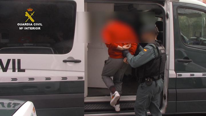 La Guardia Civil desmantela un peligroso grupo de ciudadanos albaneses especializado en robos en viviendas unifamiliares