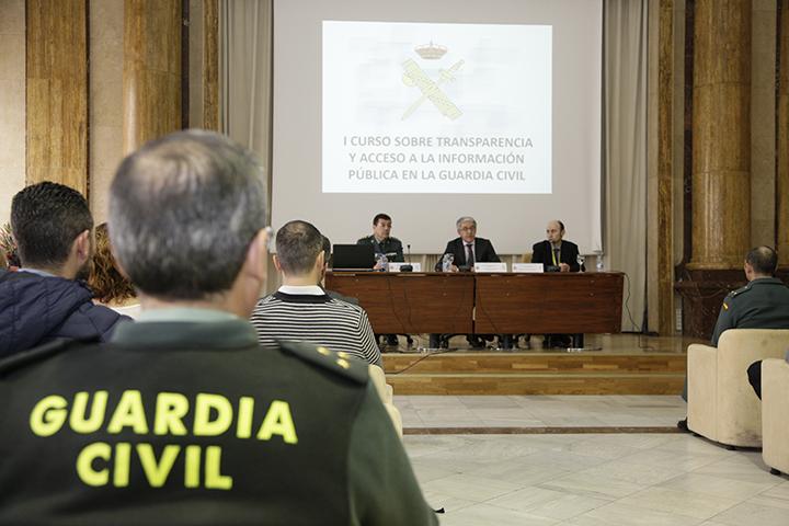 la guardia civil organiza el i curso sobre transparencia y