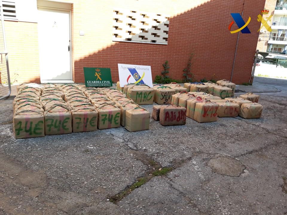 Aprehendidos más de 2.500 kilos de hachís en una operación en Lebrija, Sevilla
