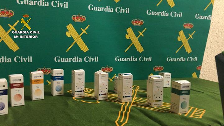 La Guardia Civil detiene a 2 personas por estafar más de un millón de euros con un falso tratamiento para curar lesiones medulares