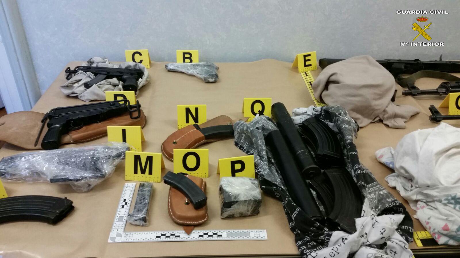 Desarticulada una organización criminal, asentada en los Balcanes, dedicada al tráfico de armas a nivel internacional