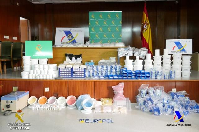 Desmantelada una organización criminal dedicada a la producción y distribución de Nuevas Sustancias Psicoactivas (NPS)