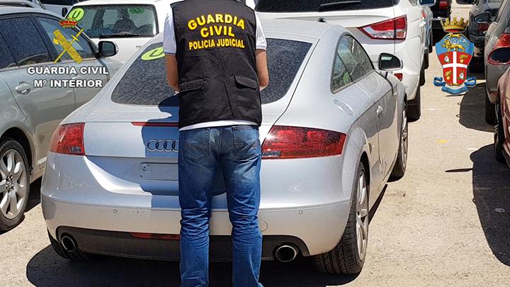 Desarticulada una organización internacional dedicada a la falsificación de vehículos robados en Italia para venderlos en España