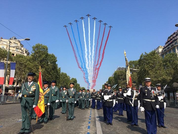 Una Compañía de Guardias Civiles participa en París en el desfile militar con motivo de la Fiesta Nacional Francesa