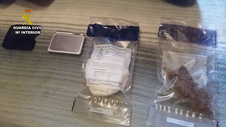La Guardia Civil desarticula un grupo criminal compuesto por 7 personas dedicado al transporte internacional de drogas