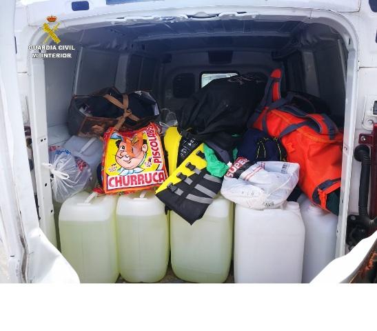 La Guardia Civil interviene más de 1.360 litros de gasolina para el repostaje de 'narcolanchas' en el Campo de Gibraltar