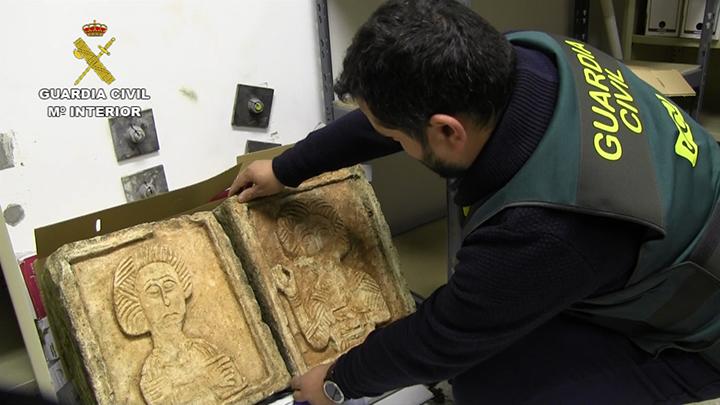 Los relieves de Quintanilla de las Viñas sustraídos en 2004 se depositan en el Museo de Burgos
