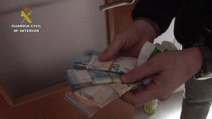 La Guardia Civil detiene a 14 miembros de una organización delictiva dedicada a la extorsión