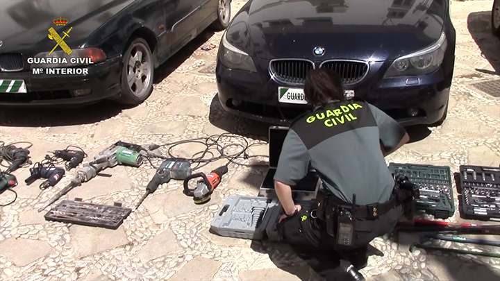 La Guardia Civil detiene a los 23 integrantes de dos violentas bandas de ladrones que operaban en varias provincias