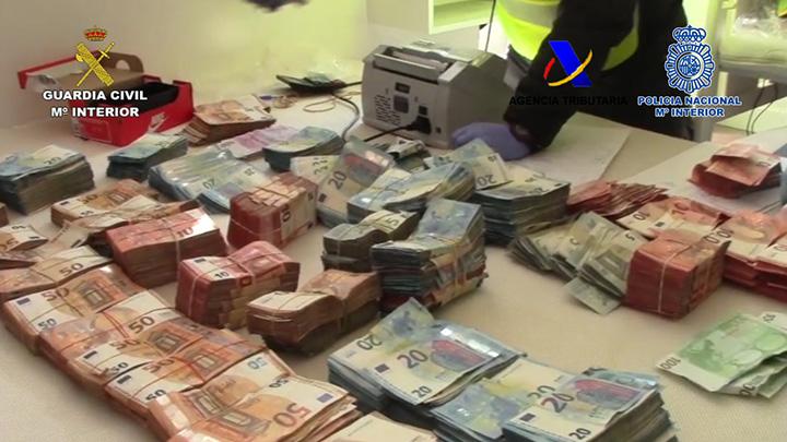 Desmantelada una red de narcotraficantes que introducía cocaína en contenedores a través del Puerto de Algeciras