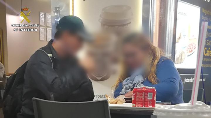 La Guardia Civil desarticula un grupo criminal organizado dedicado a la comisión de delitos contra los derechos de los ciudadanos extranjeros y estafa