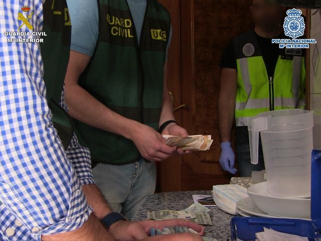 Desmantelada una organización criminal de blanqueadores de capitales profesionales que daban servicio a otros grupos delictivos