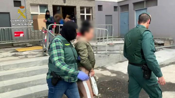 La Guardia Civil desarticula una organización delictiva dedicada al favorecimiento de la inmigración irregular hacia Reino Unido