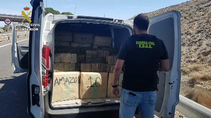 La Guardia Civil desarticula una organización delictiva dedicada al tráfico de hachís entre España y Francia