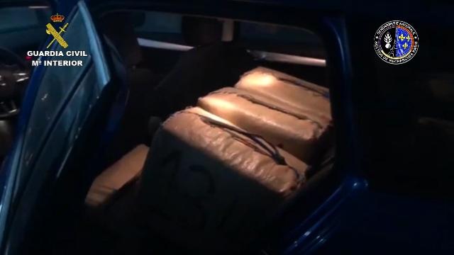 Detenidos 26 narcotraficantes que transportaban hachís desde  Málaga a París y Marsella