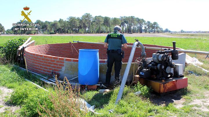 Guardia Civil detiene e investiga a 107 personas por la extracción de agua de más de 1.400 pozos ilegales