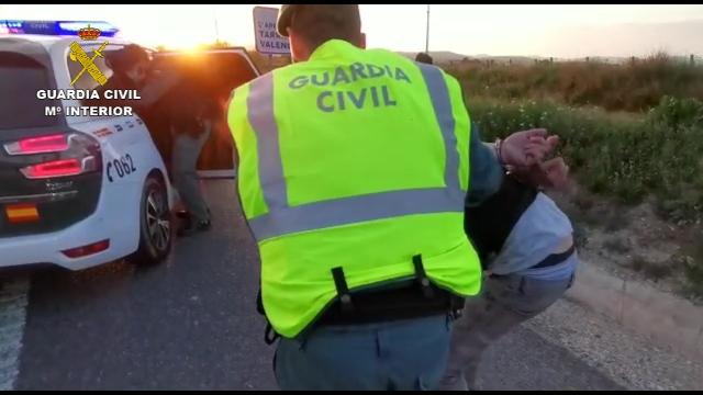 La Guardia Civil detiene a los tres ocupantes de un vehículo que evadieron un control de verificación del confinamiento