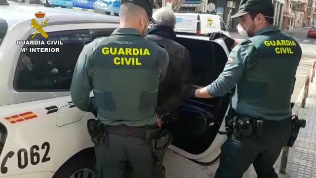 La Guardia Civil detiene al propietario de un locutorio por confeccionar y enviar denuncias falsas para coaccionar a otros establecimientos de la zona