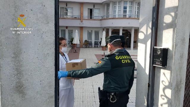 La Guardia Civil lleva a cabo acciones en beneficio de diferentes colectivos en Córdoba y Cáceres