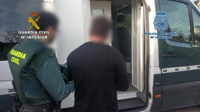 """Desmantelado un grupo de policías ful especializado en """"vuelcos"""" a otros grupos criminales"""