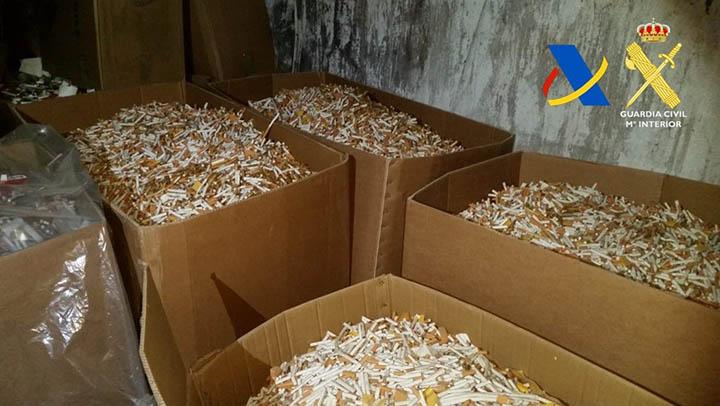 Desmantelada una fábrica clandestina de tabaco destinado a diversos países europeos