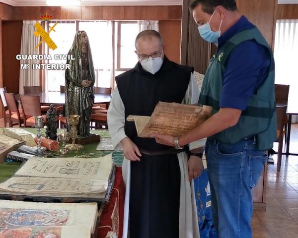 La Guardia Civil recupera 94 objetos de gran valor robados en diferentes lugares de culto