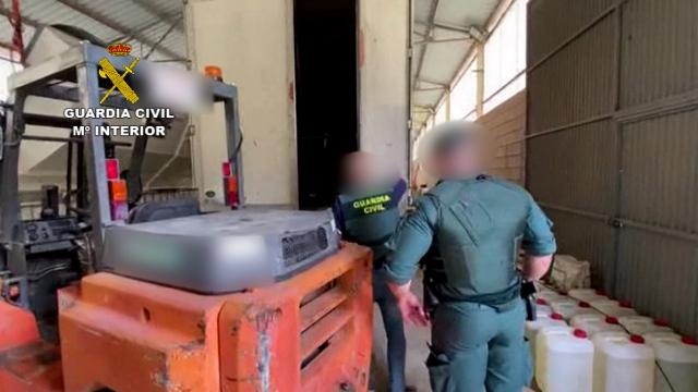 La Guardia Civil desmantela un narco-embarcadero utilizado por grupos delictivos del Campo de Gibraltar para introducir hachís en la península