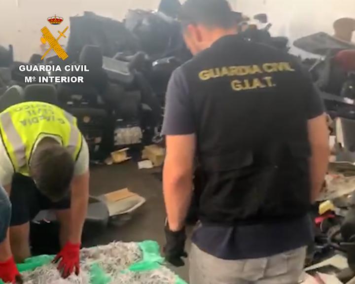 La Guardia Civil desmantela una organización delictiva especializada en el robo y despiece de vehículos