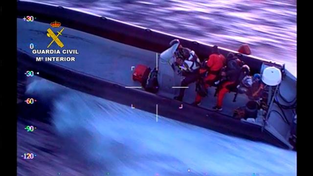 La Guardia Civil desarticula una red dedicada a introducir en España grandes cantidades de hachís usando embarcaciones