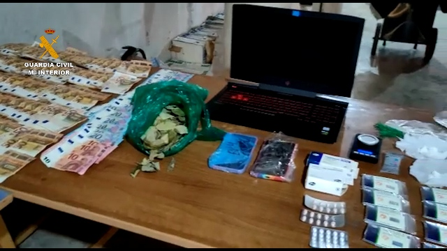 La Guardia Civil desmantela una red dedicada a la explotación sexual de mujeres y al tráfico de drogas