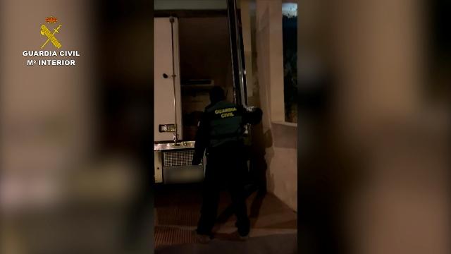 Detenidas 8 personas e incautadas casi 4 toneladas de hachís en dos operaciones en Almería